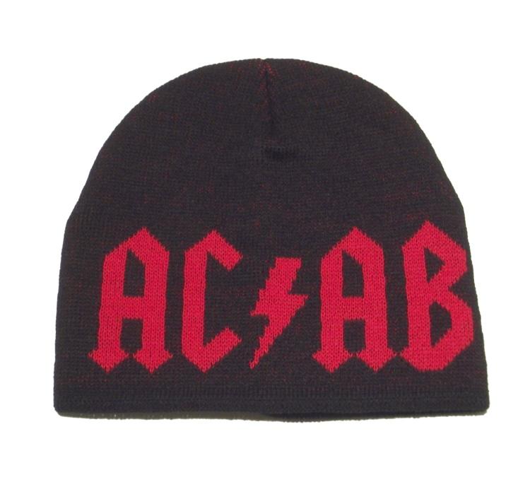 Strickm�tze AC/AB