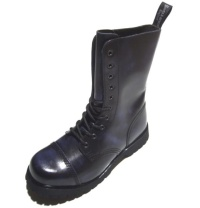 Boots & Braces 10Loch